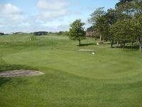 Alnmouth Golf Club: Golf club and golf course in ,Northumberland. www.