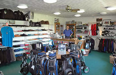 Pro Shop : Burnham Beeches Golf Club in Buckinghamshire - CLUB View