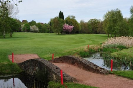 The Kidderminster Golf Club: Golf club and golf course in <b>...</b>