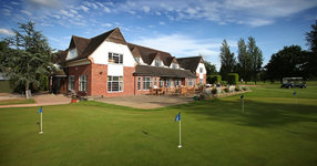 Muswell Hill Golf Club: Golf club and golf course in London,. www.