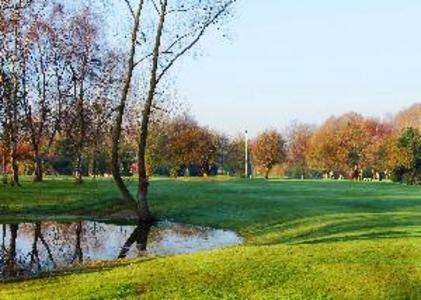 Waterlooville Golf Club: Golf course in Portsmouth,Hampshire. www.